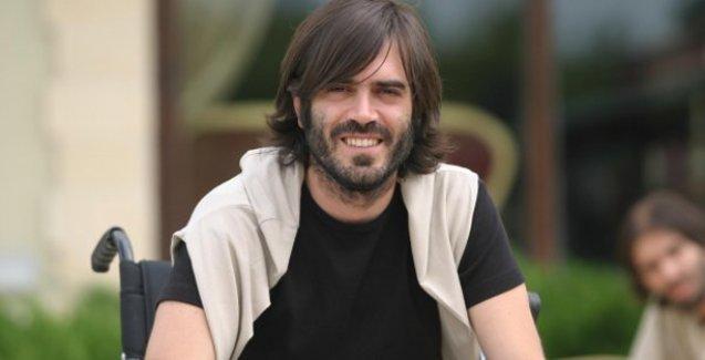 Dizideki çalışma şartlarını protesto eden oyuncu pazarcı oldu