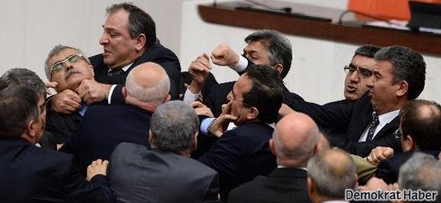 Dün gece Meclis'te neler yaşandı?