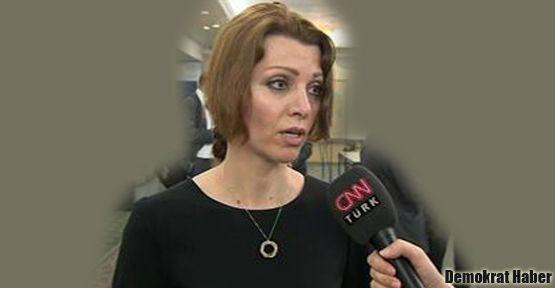 Elif Şafak: Kürtaj tartışmalarını kaygıyla izliyorum