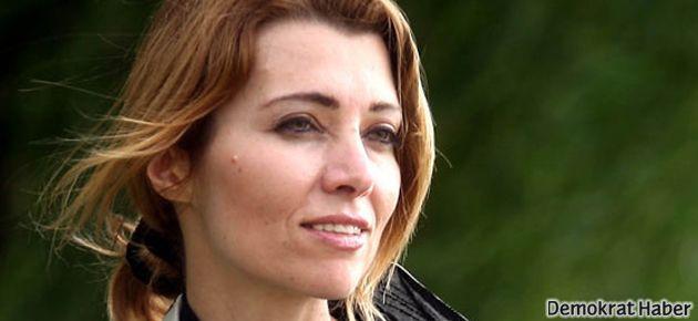 Elif Şafak: Türk siyaseti hiç bu kadar bölücü olmamıştı