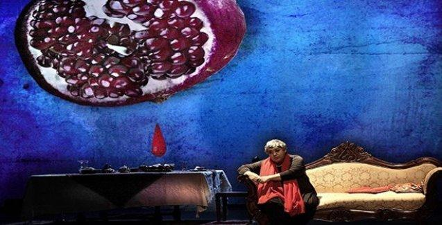 Elif Şafak'ın 'Baba ve Piç' romanı İtalya'da sahneleniyor