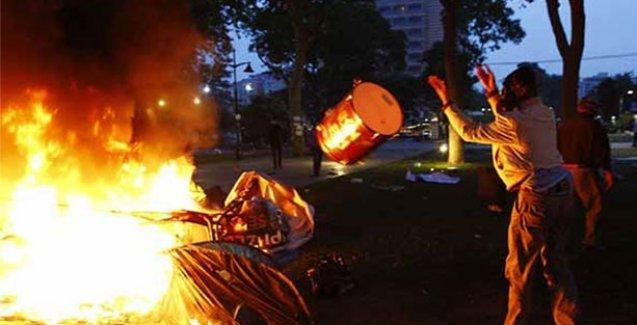 Emniyet Müdürü ve zabıtalar birbirini yalanladı: Gezi'deki çadırlar kendi kendine yandı
