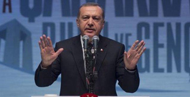 Erdoğan: Bu ülkenin gençliği Gezi'deki vandallar, etek giyerek sokakları ateşe verenler değildir