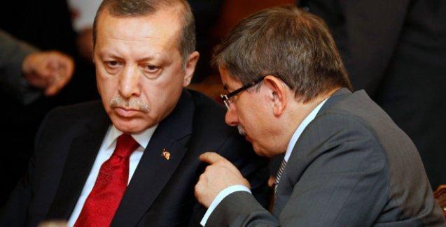 Erdoğan: Davutoğlu'nun izin alması gereken makam benim