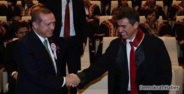 Erdoğan 'Edepsizlik yapma' dedi, salonu terk etti