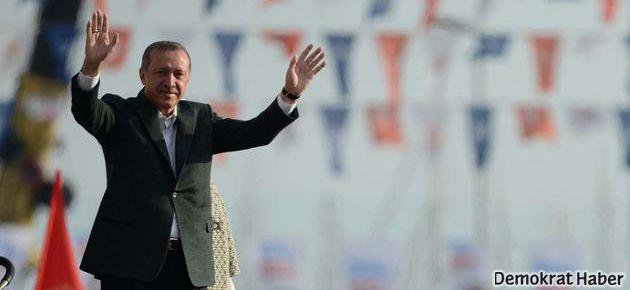 Erdoğan Yenikapı'da konuşurken alan boşaldı