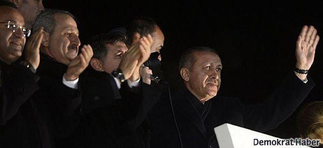 Erdoğan yine uçaktan iner inmez konuştu