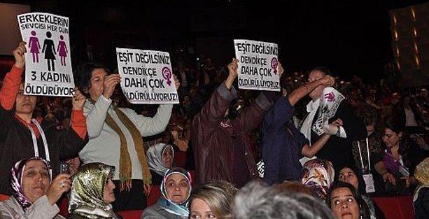 Erdoğan'ın  'fıtrat' açıklamasına kadın örgütlerinden tepki