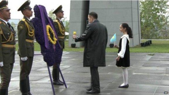Erivan'da Ermeni Soykırımı anması