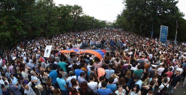 Ermenistan'daki protesto yaygınlaşıyor