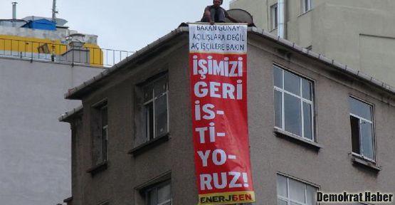 Ertuğrul Günay'ı  protesto ettiler