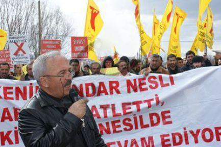 Erzincan'da tehdit edilen Aleviler'den eylem