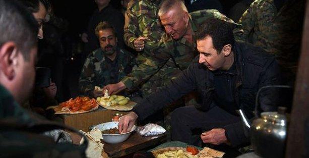 Esad'ın cephede askerleri ziyaret ederkenki görüntüleri yayınlandı