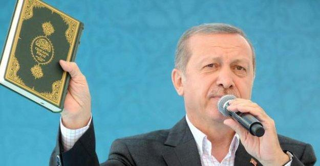 YSK, AKP mitinginde 'Erdoğan'lı Dombra' şarkısını yasakladı