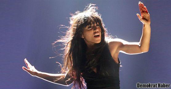 Eurovision'un birincisi Loreen oldu