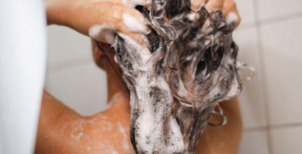 'Evleneceğiniz kadını banyo yaparken dikizleyebilirsiniz' fetvası!