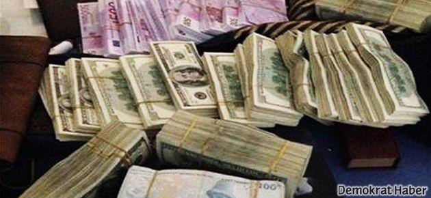Evlerden çıkan para 10 milyon TL'yi aştı!