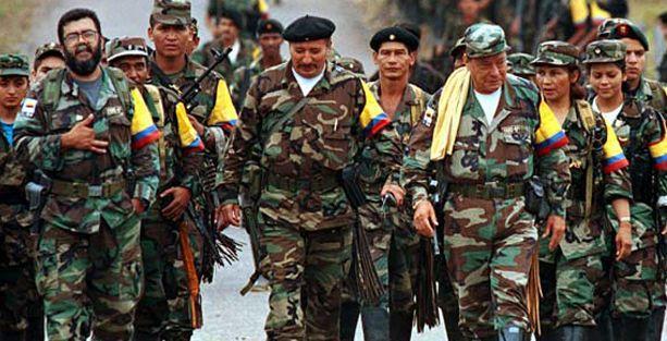 Kolombiya hükümeti ateşkesi durdurdu