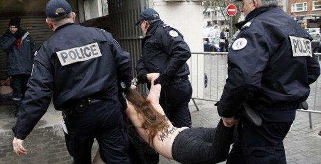 FEMEN'den eski IMF başkanı Kahn'a protesto