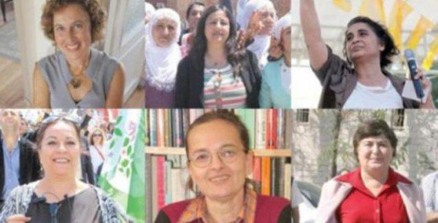 Feminist kadınlar Meclis'e yürüyor