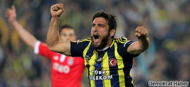 Fenerbahçe direklere çarpa çarpa kazandı