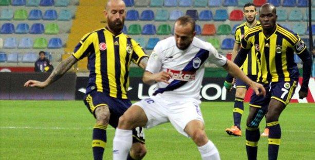Fenerbahçe, kötü oynadığı maçı tartışmalı bir penaltı ile kazandı