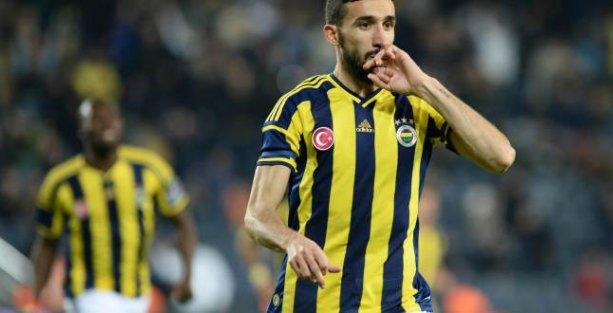 Fenerbahçe Mersin İdmanyurdu'nu yenerek liderlik koltuğuna oturdu