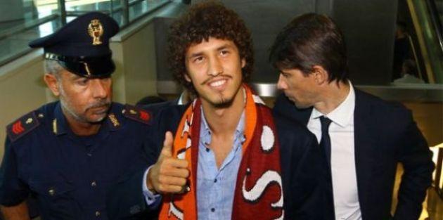 Fenerbahçeli Salih Uçan imza için Roma'da