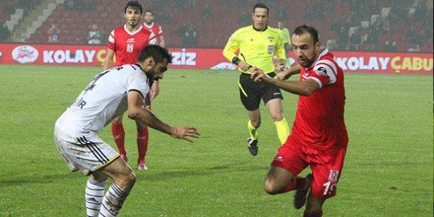 Fenerbahçe'nin yüzü Balıkesirspor deplasmanında güldü