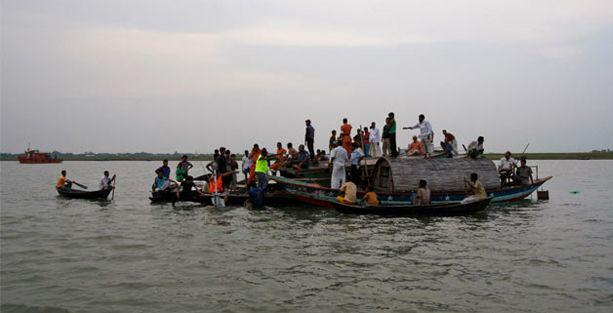 Feribot alabora oldu: 150 yolcu kayıp