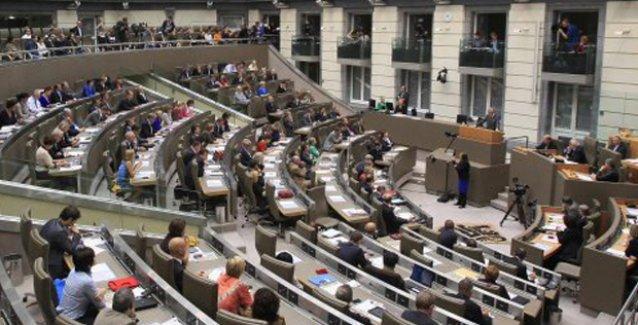 Flaman Parlamentosu Süryani Soykırımı'nı tanıdı