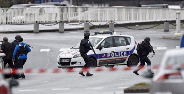 Fransa Başbakanı'ndan itiraf: İstihbarat açığı var, açık bir başarısızlık söz konusu