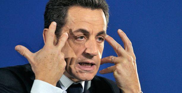 Fransa eski Cumhurbaşkanı gözaltına alındı