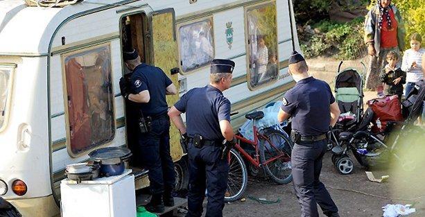 Fransa'da 'ırkçılık' tartışması: Roman ailenin ölen çocuğunu defnetmesine izin yok