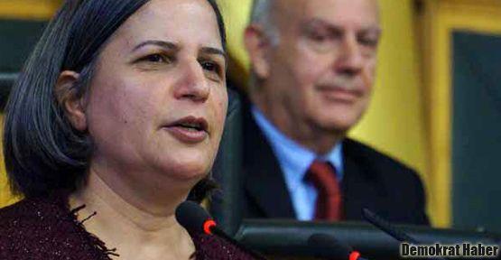 'Fransa'daki cinayetler Türkiye'den bağımsız yapılmadı'