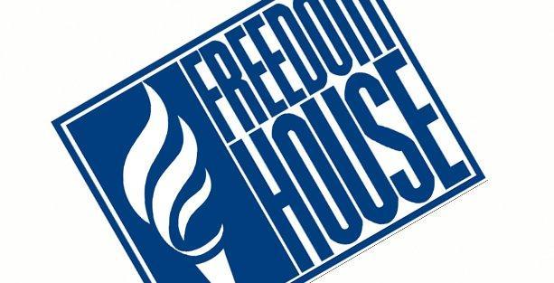 Freedom House: Hükümet yolsuzlukları haberleştirenlerden intikam alıyor