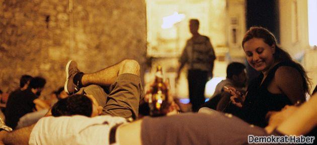 Galata Kulesi'nde içki yasağı