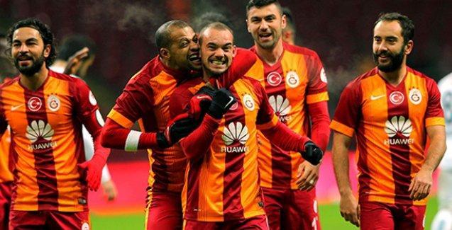 Galatasaray 4 köşe