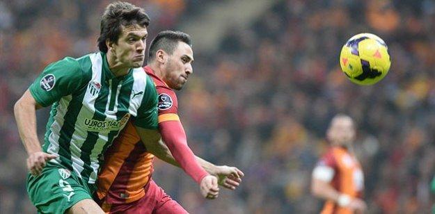 Galatasaray Bursaspor ile 2-2 berabere kaldı