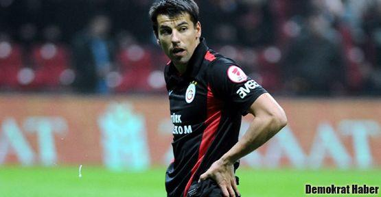 Galatasaray'da Baros ile yollar ayrıldı