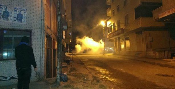 Gazi Mahallesi'nde 'polis operasyonu' protestosu