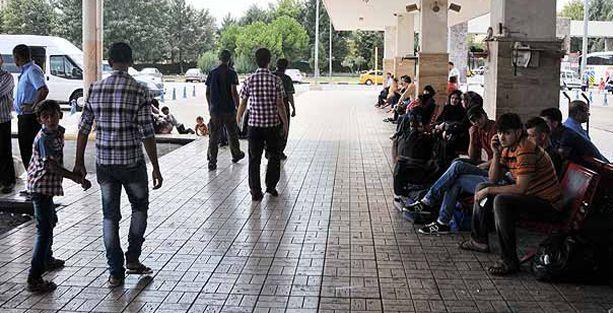 Gaziantep'ten kaçan Suriyeliler İstanbul'a geliyor