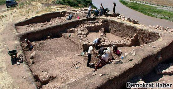 Genç arkeologlar rahatsız!