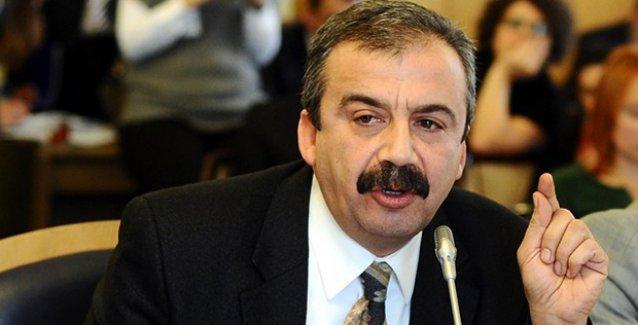 Genelkurmay'ın açıklamasını değerlendiren Sırrı Süreyya'dan Davutoğlu'na çağrı