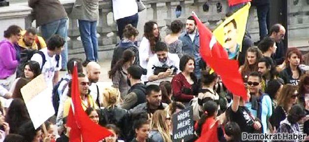 'Gezi' protestosunda PKK ve Türk bayrakları yan yana