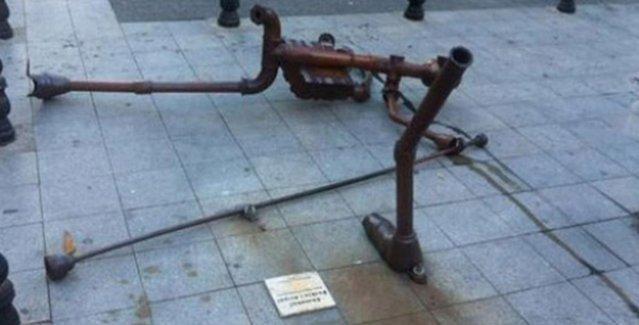 Gezi'nin yıldönümünde Berkin Elvan heykeline çirkin saldırı!