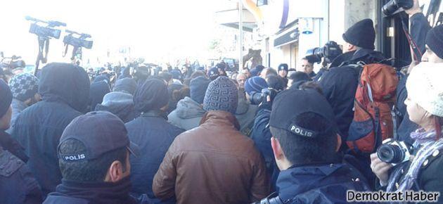 Gezi Parkı'ndaki açıklamaya polis saldırdı