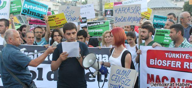 'Gezi'deki AVM'ye itiraz, tüm yağmalamalara itirazdır'