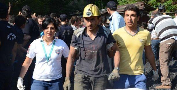 Göçükten kurtulan işçiler 14 saat sonra tekrar madene indi