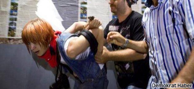 Gözaltındaki turist: Türkçe bilmiyorum ki hakaret edeyim